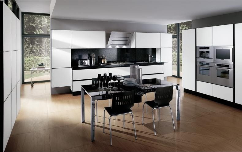 3-black-and-white-kitchen