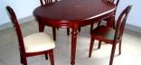 Деревянный кухонный стол в интерьере